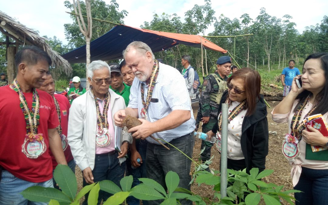 MIDTERM REVIEW MISSION VISITS RUBBER COOP IN SIBUGAY